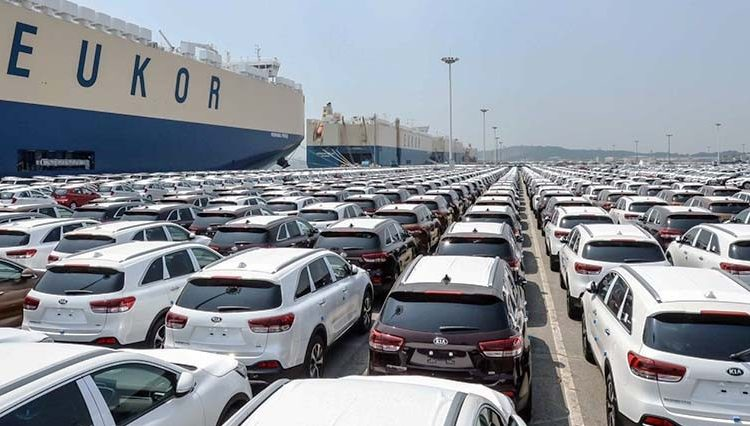 موافقت وزیر صمت با واردات خودرو در سال آینده